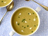 Jerusalem artichoke and roast garlic soup