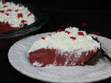 Red Velvet Cream Pie / #FoodieExtravaganza