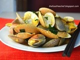 Stir Fry Clams with Curry Bean Paste