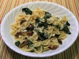Farfalle With Spinach, Gorgonzola, and Walnuts