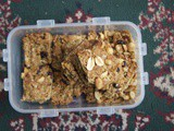 Crunchy Peanut and Cranberry Bars