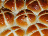 Hot Cross Buns Recipe {Gluten Free & Vegan!)