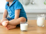 Introducing Cows' Milk To My Toddler