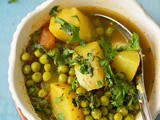 Alu matar rassa | potatoes and green peas cooked in runny gravy | easy summer recipe