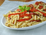 Pasta with Red Peppers and Basil