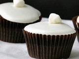 Stonewall Kitchen's Hot Cocoa Cupcakes & a Giveaway