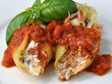 Stuffed Shells with Beef and Cheese
