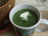 Spinach Soup with Greek Yogurt in a Mug