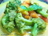 Broccoli with Lemon Garlic Sauce
