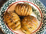 Hasselback Potatoes with Garlic and Thyme