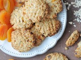Apricot Oatmeal Cookies (Spelt + Sugar Free)