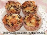Cheddar Cheese Cupcake with Chocolate Rice