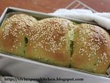 Spinach Loaf Bread/ Water Roux Method (Custard paste)