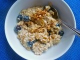 Banana Blueberry Peanut Butter Oatmeal