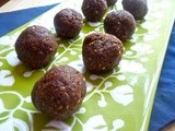 Easy, Healthy Chocolate Almond Date Balls