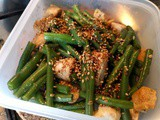 Chicken with green beans and soy sauce