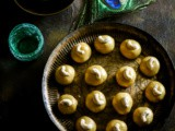 {Ramadan Special} – Besan Ladoo by Shaheen of 'Spoon Fork and Food'